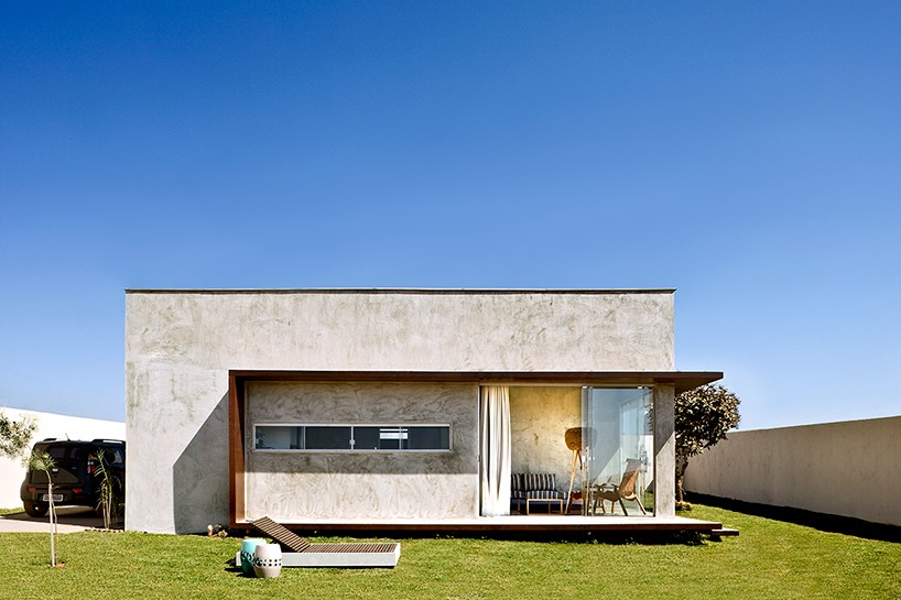 Designboom 1 1 architetura design places concrete box for Modern house website