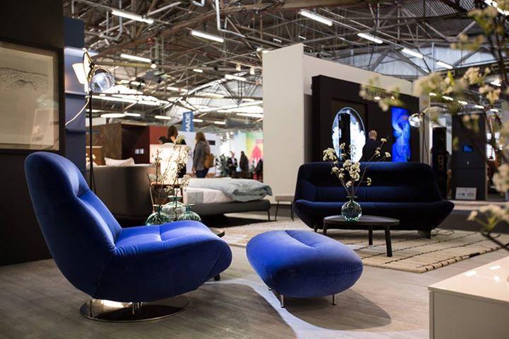 ligne roset highlights of the ligne roset new york booth. Black Bedroom Furniture Sets. Home Design Ideas