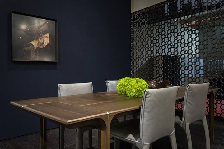 NATUZZI: With A Complete Furniture Collection Composed Of Sofas, Consoles  And Tables, The...   Contemporary Designers Furniture   Da Vinci Lifestyle