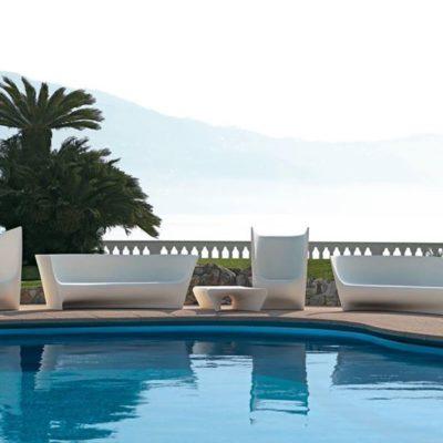 driade-glamorous-pool-with-these-outdoor-seatsgrand-plie-sofa-plie-armchair-p.jpg