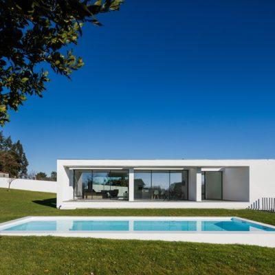 my-house-idea-touguinho-iii-house-by-raulino-silva-arquitecto.jpg