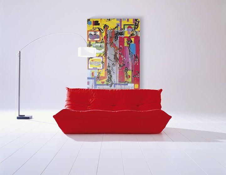ligne roset dare to be bold back when togo was originally presented at paris 39 s salon. Black Bedroom Furniture Sets. Home Design Ideas