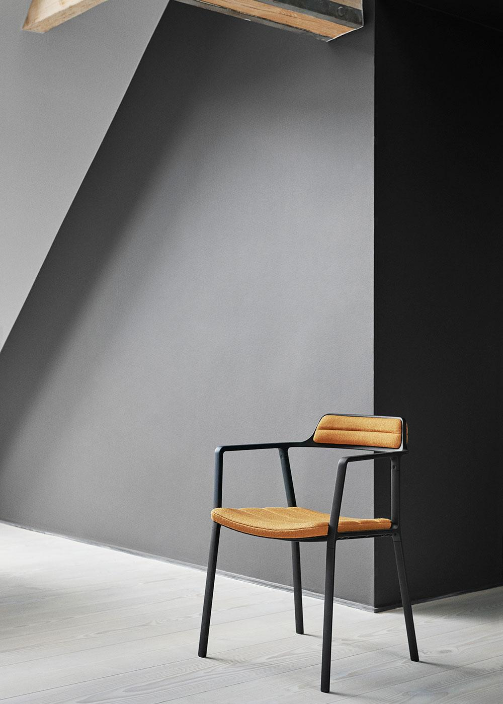 Vipp451 chair