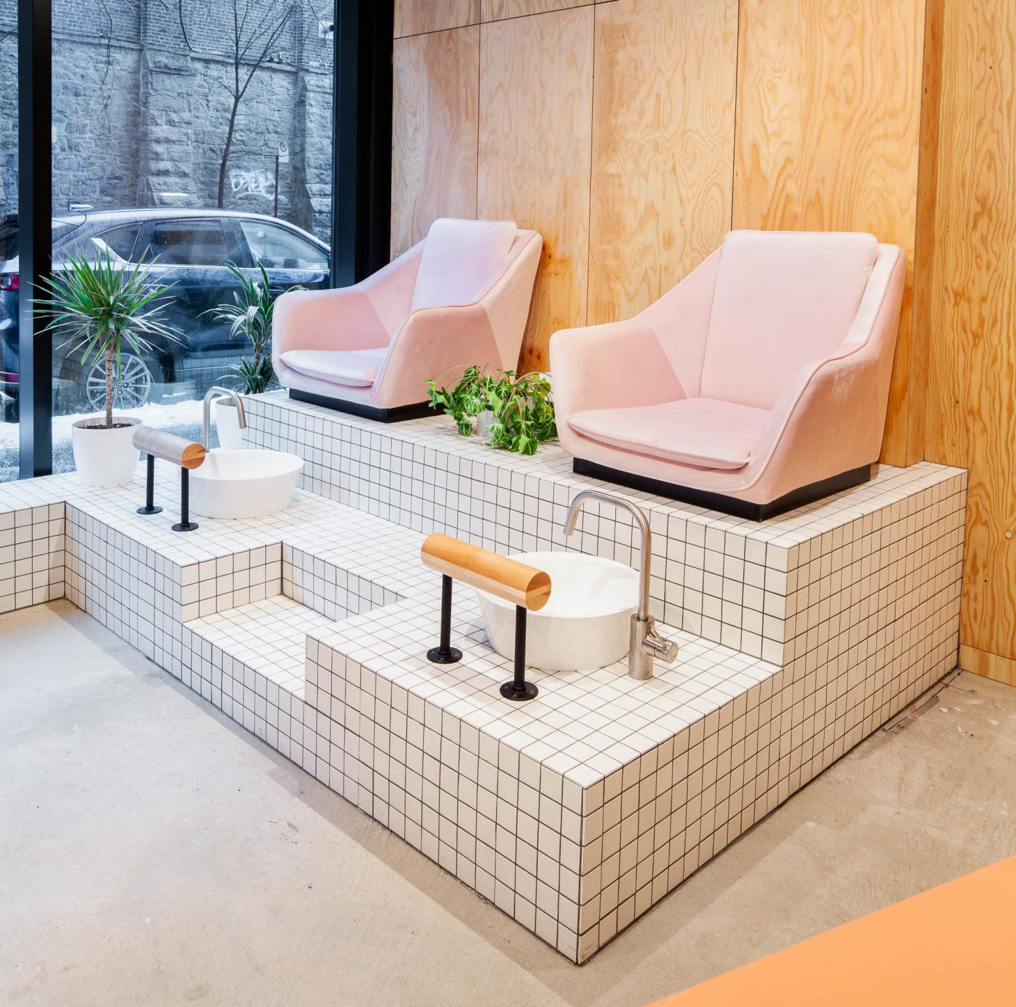 The pedicure chairs at Le Hideout, Melbourne