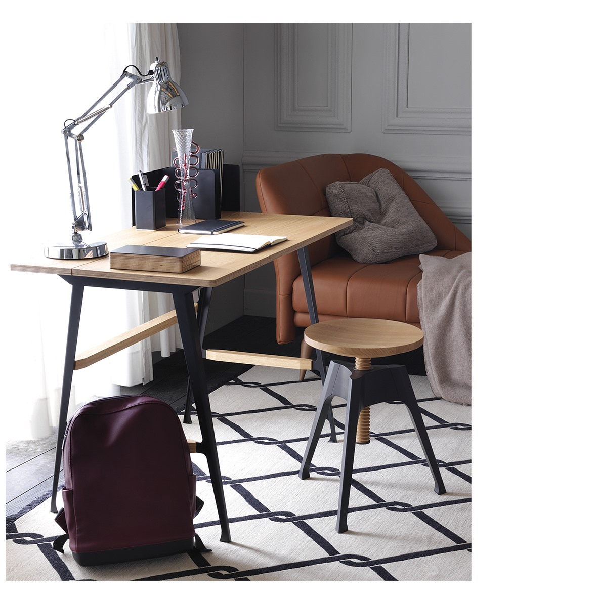 Contemporary Homeoffice Desk: FONTANAARTE: More Than Any Other Lamp, The #Naska L