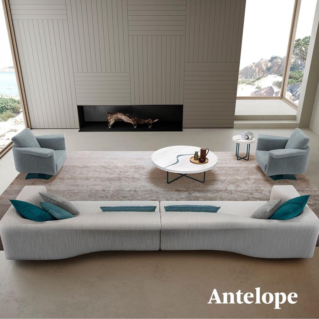 Just like Antelope Canyon, the sofa seem...