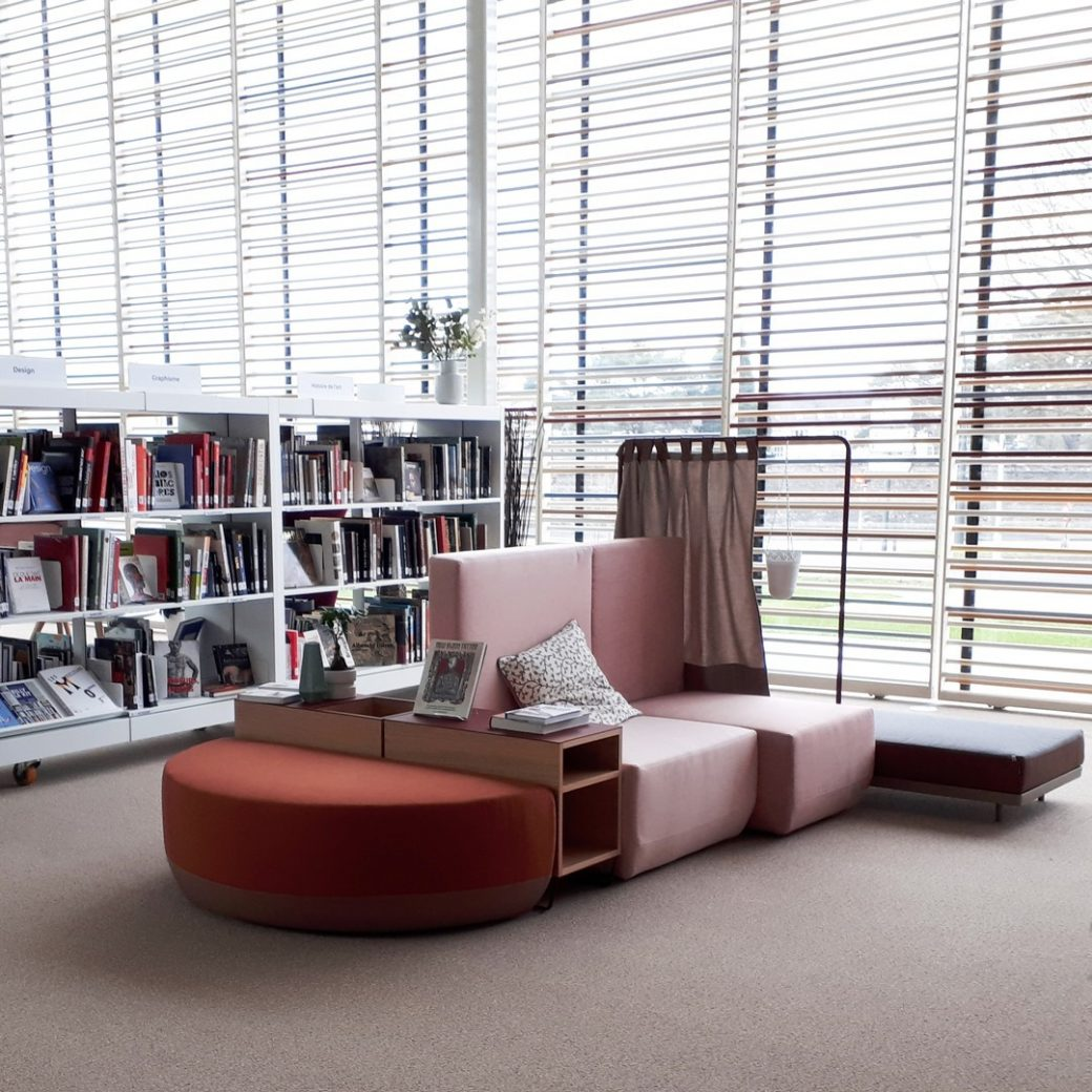 Designed as a flexible seating system, B...