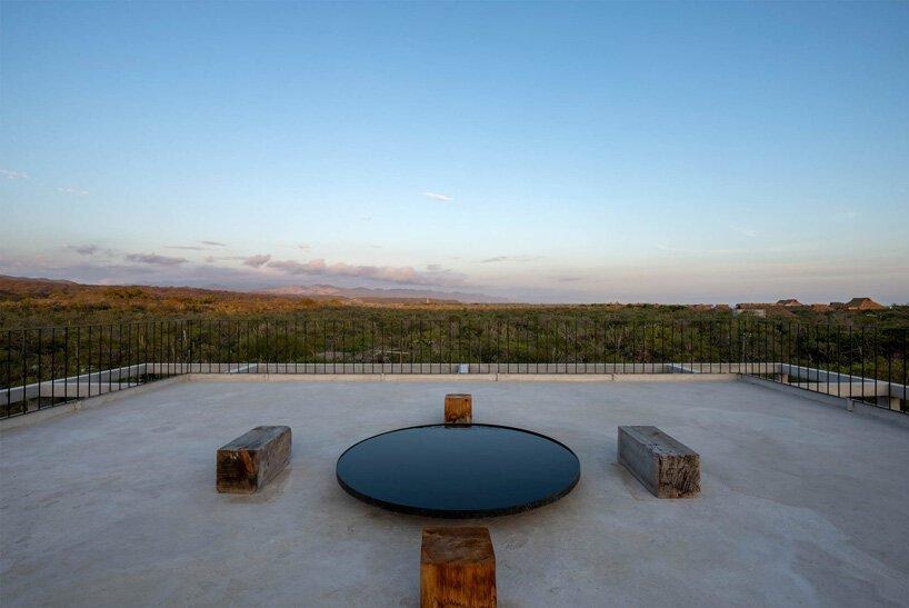 S-AR immerses 'casa cosmos' in the lush vegetation of mexico's oaxaca coast