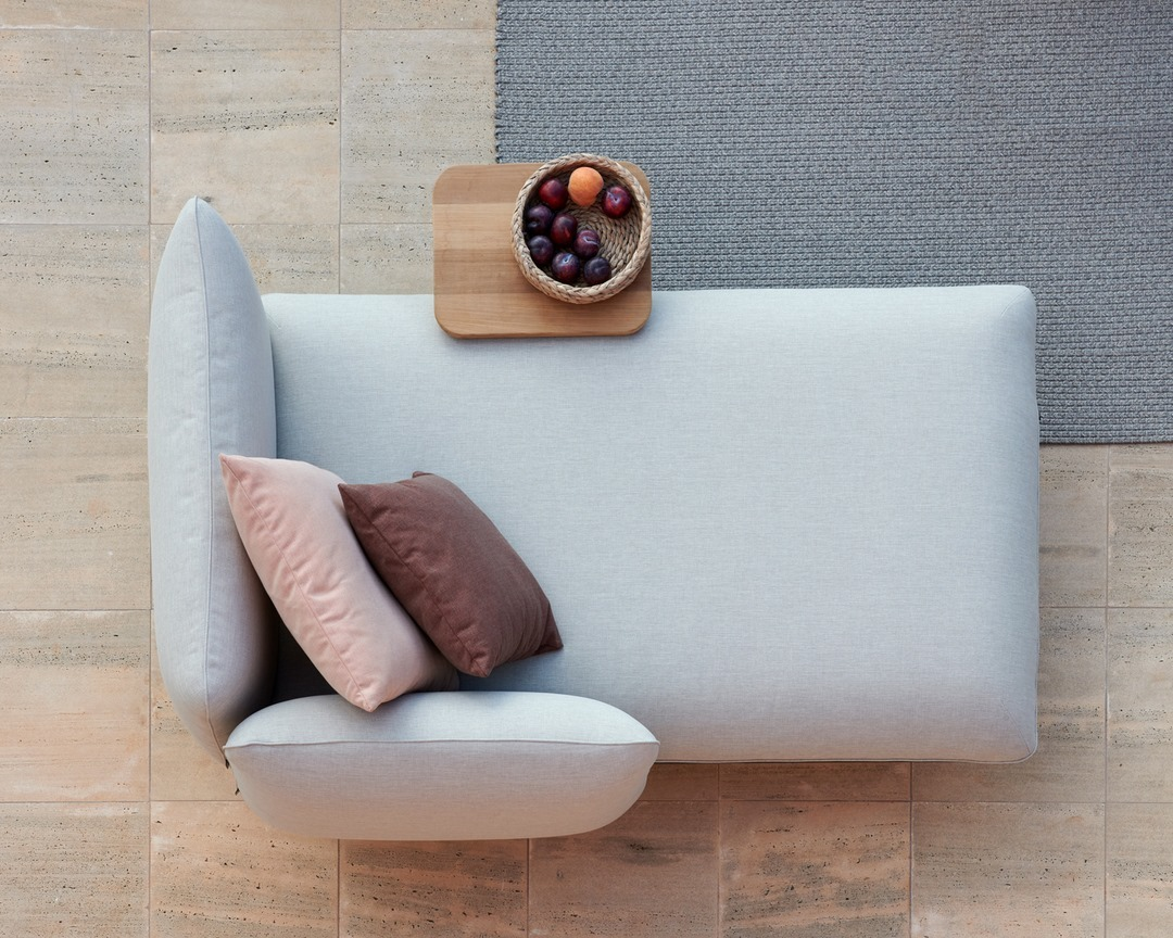 Curl up on the Senja meridienne for comf...