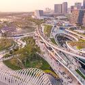 East Waterfront Retail Park and Cultural Park. Image © Yanlong Tong