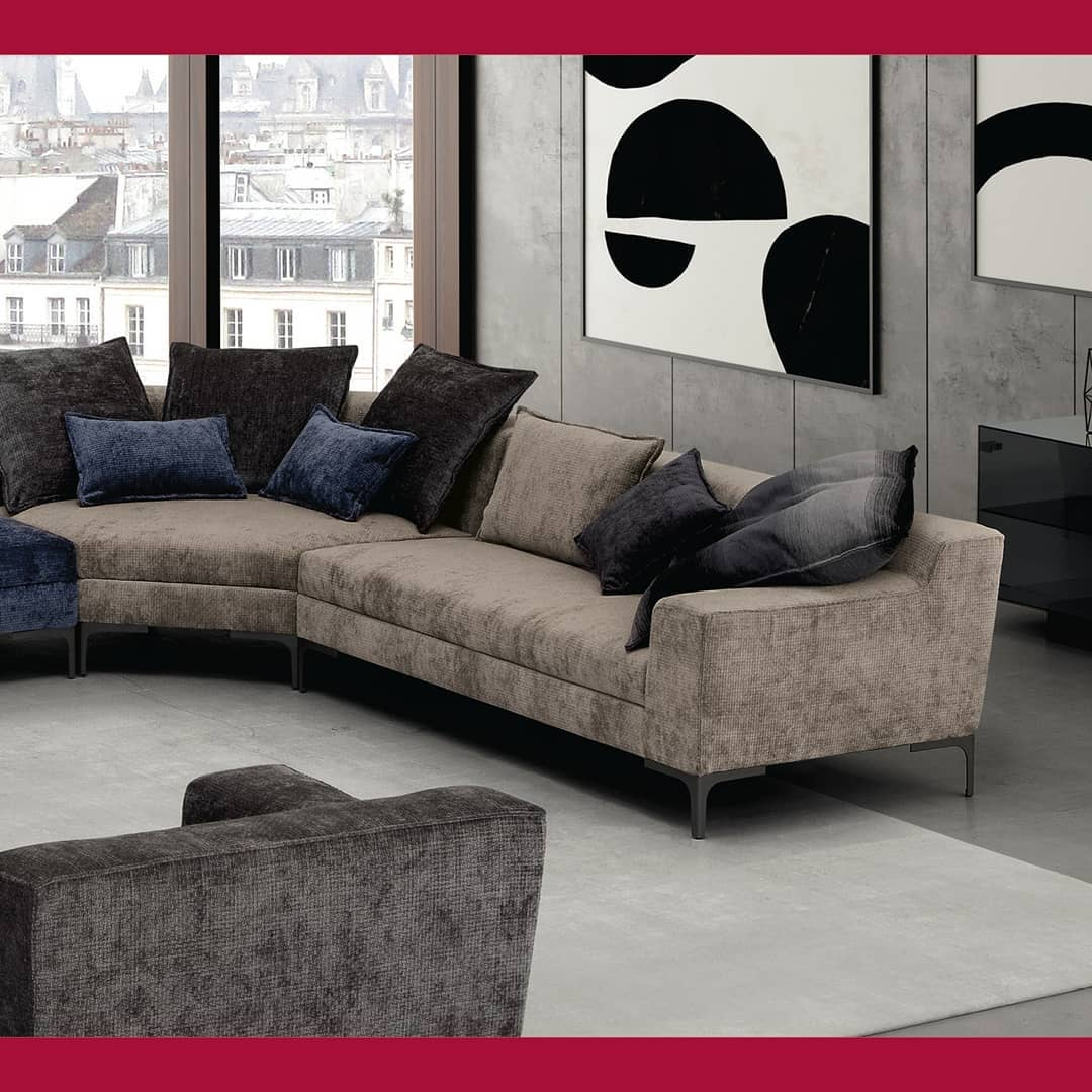 The Ikon collection offers both linear a...