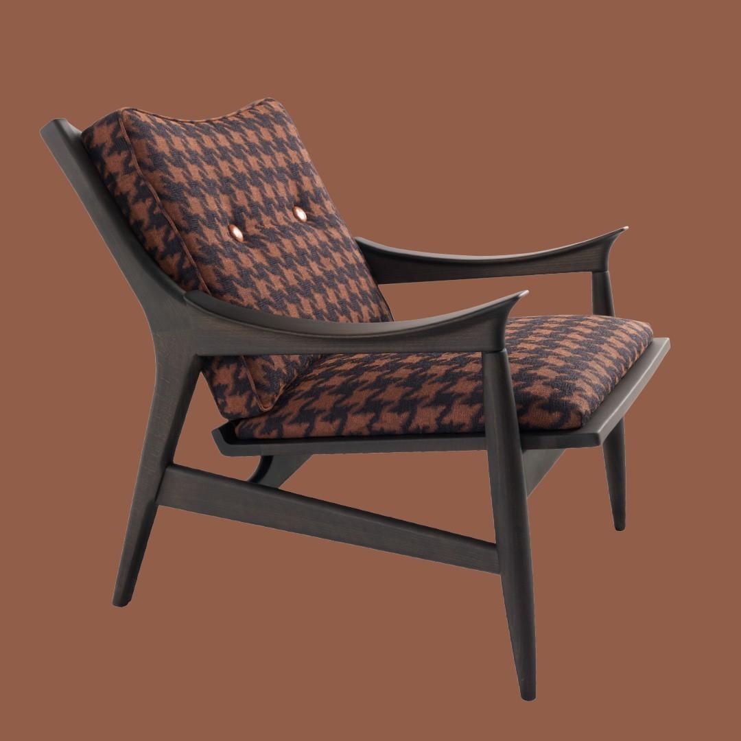 Franklin armchair: a new and already ico...