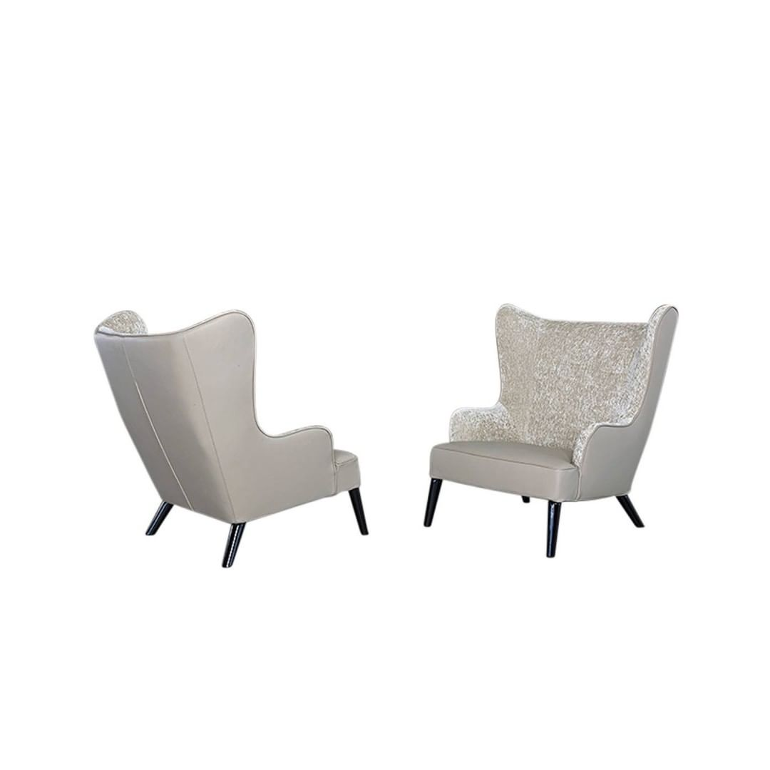 A modern twist on the classic bergere, t...