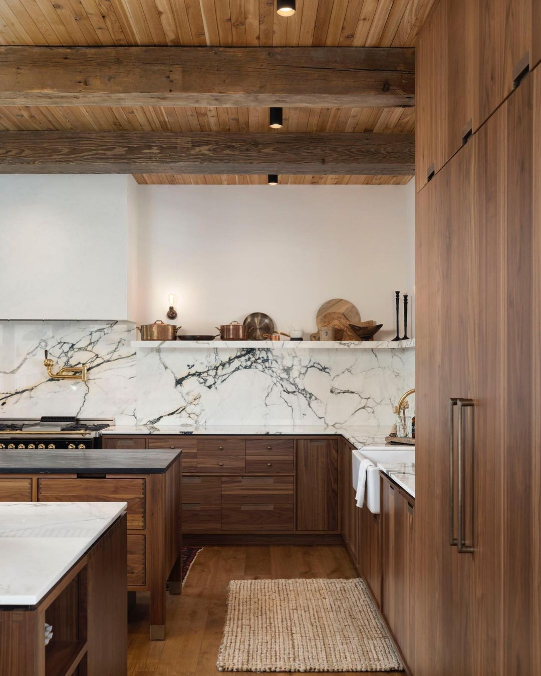 Chalet inspired, this kitchen is a moder...