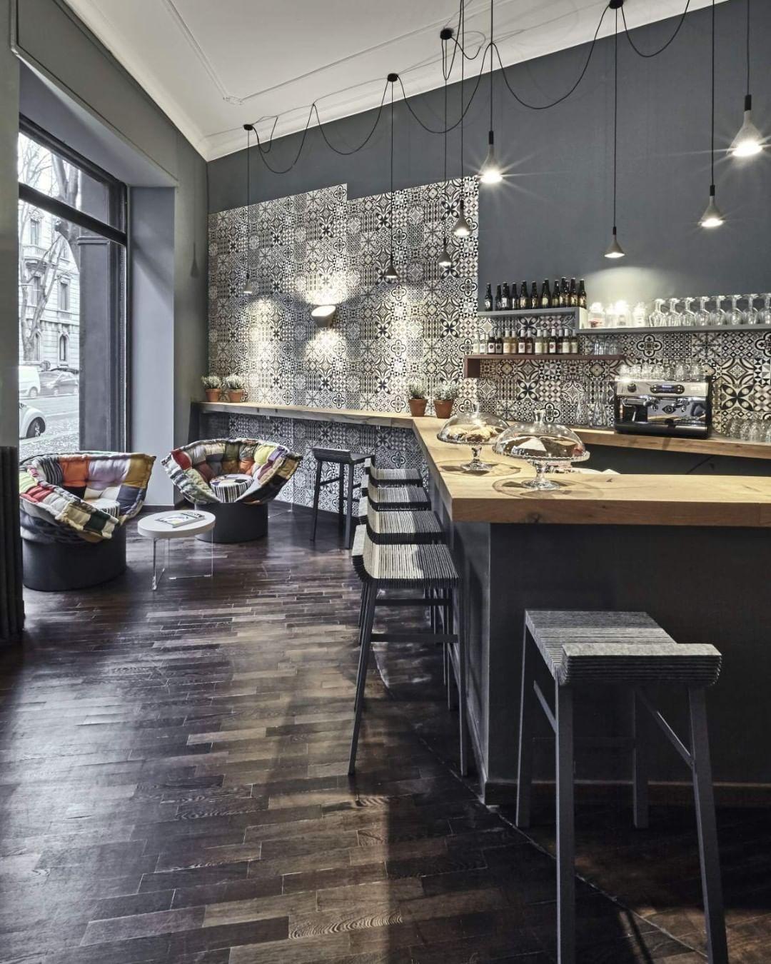 A restaurant concept with a sparkling, i...