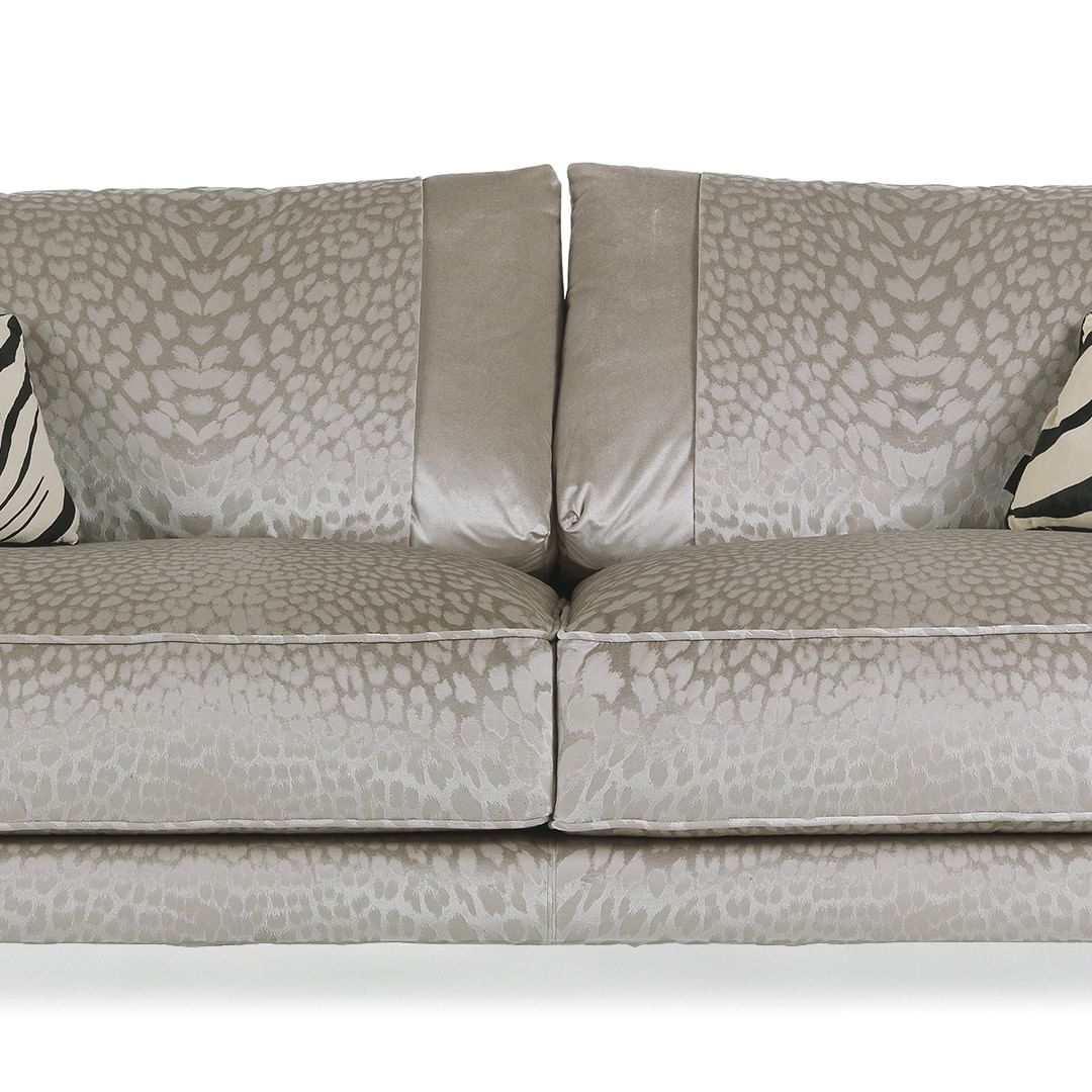 Caicos is a sofa with a bold and seducti...