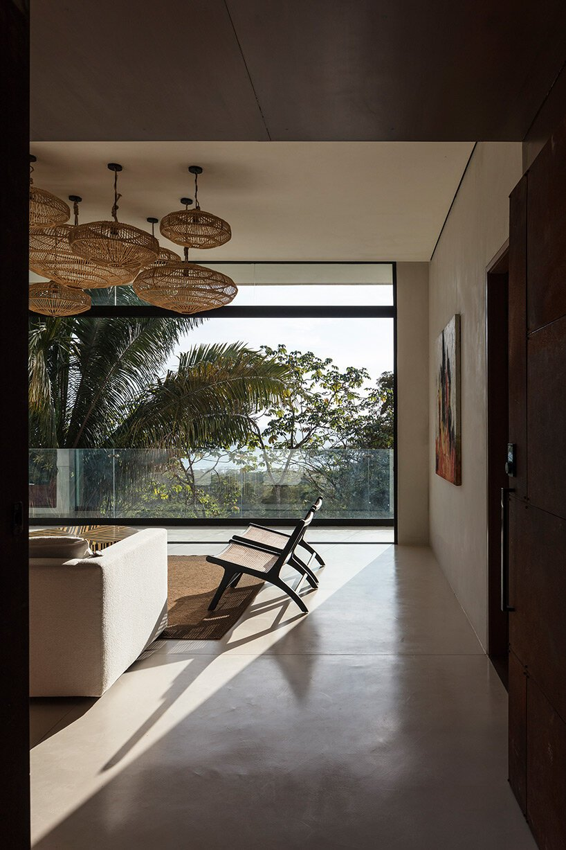 VOID weaves staggered residential complex into the tropical landscape of costa rica