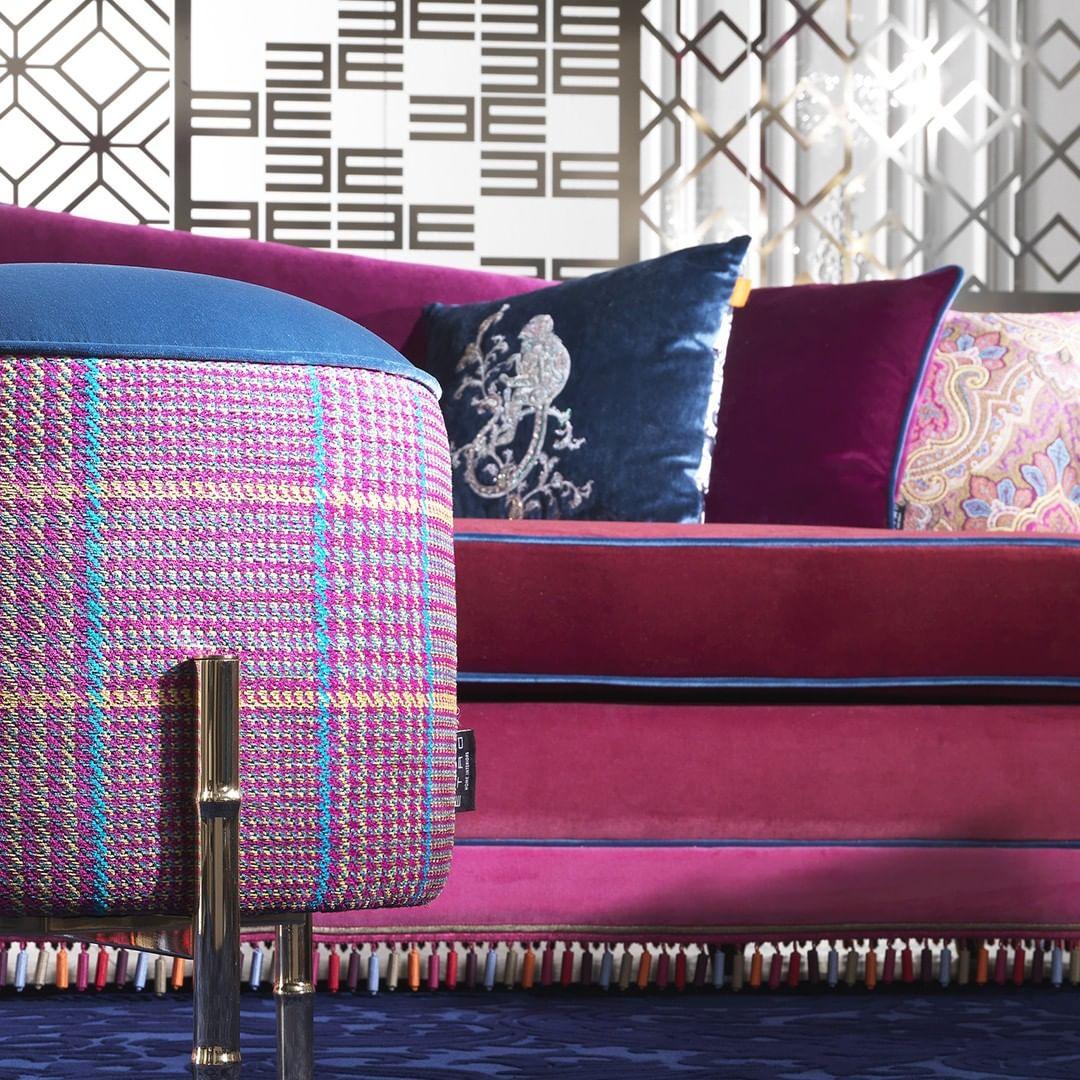 Iconic fabrics, symbolic patterns and a ...
