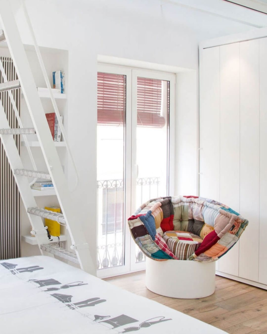 An inviting, enveloping armchair that ca...
